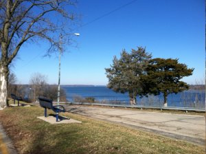 The Million Dollar View from Keokuk's Rand Park showed blue skies and a blue Mississippi River on a gorgeous January day.