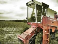 International combine without a head near Keokuk, Iowa